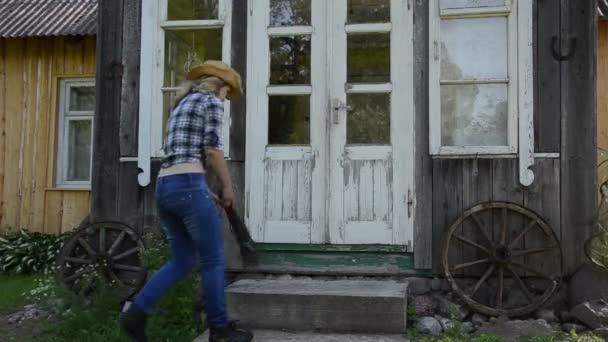 pracovník dívka čistá schodiště