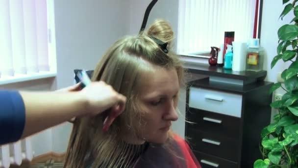 Hairdresser salon woman
