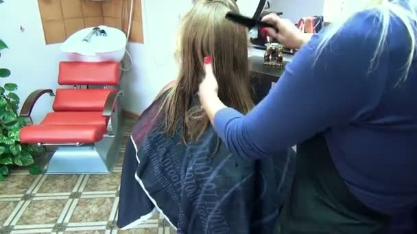 Barber cut hair zoom