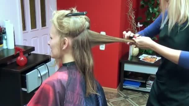 Hairdresser hand cut hair