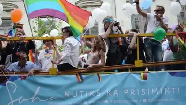 Bus Baltic pride gay