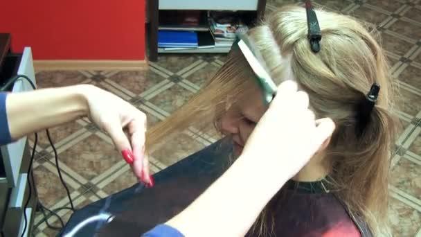 učešte vlasy