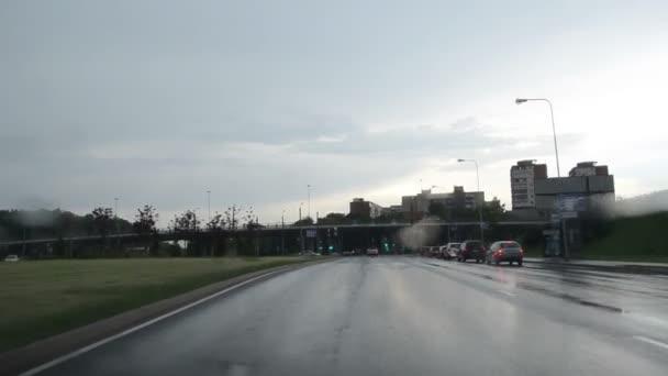 meghajtó autó eső crossroad