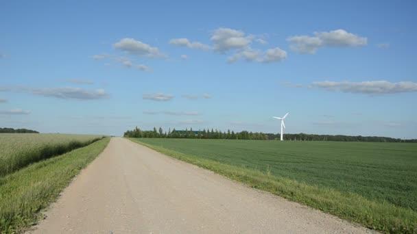 Gravel road wind turbine