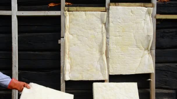 starý dům dřevěné zdi tepelná izolace rockwool