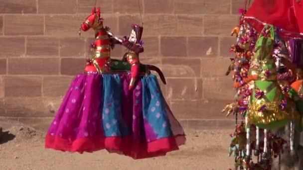 ruční látkové panenky v rajasthan, Indie