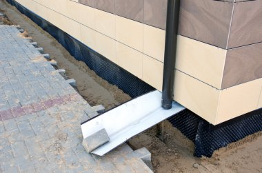 home foundation  construction and thermal insulation