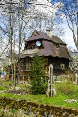 Wooden Villa, studio of famous artists