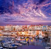 Fotografia tramonto di porto di Ciutadella Minorca marina con barche