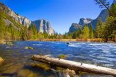 El capitan Yosemite merced river a polovina dome