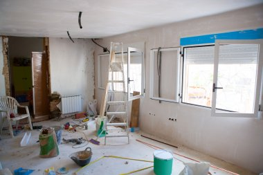 House indoor improvements in a messy room construction