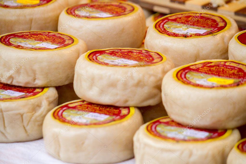 Portuguese sheep cheese — Stock Photo © membio #36029475