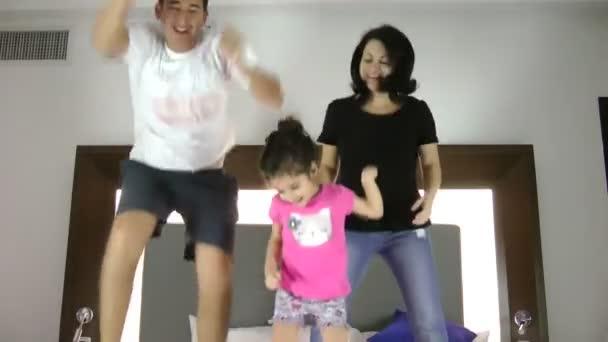Ugrás a Bed együtt család