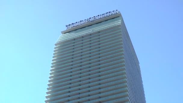 las vegas - cca 2014: cosmopolitan of las vegas na cca 2014 v las vegas. v roce 2013 hotel byl hodnocen nejlepší hotel na světě od gogobot