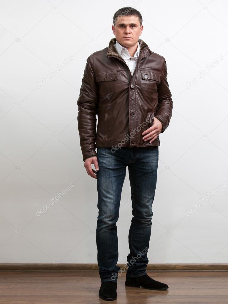 cuero en alto hombre abrigo con marrón jeans de OaqwfRP
