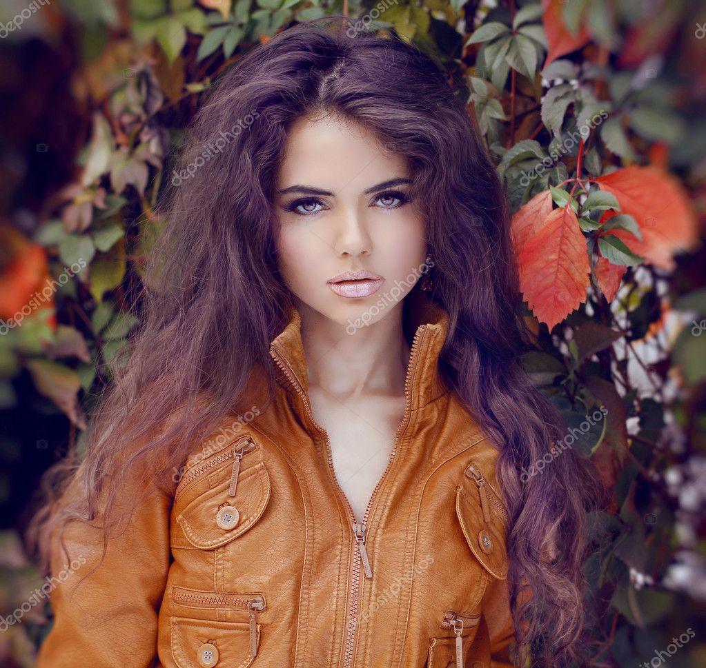 Fashion Woman Hair Style and Makeup. Autumn Style. Autumn girl.
