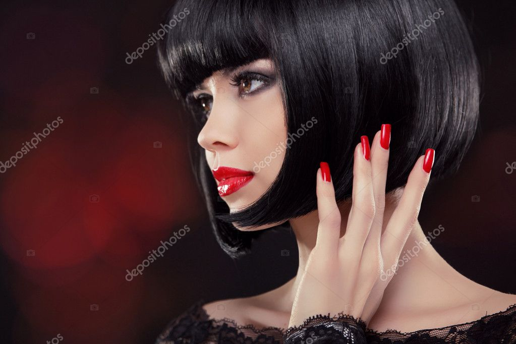Brunetka Kobieta Portret Czarne Krótkie Fryzury Paznokcie
