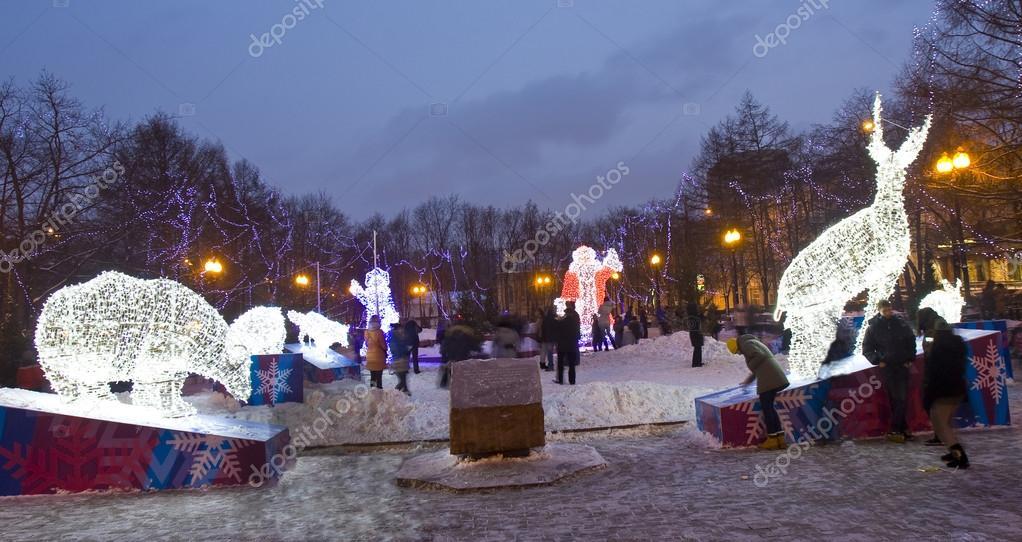 Weihnachten Am 6 Januar.Elektrische Skulpturen Von Tieren Zu Weihnachten Redaktionelles