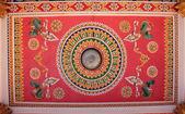 zdobený strop chrámu
