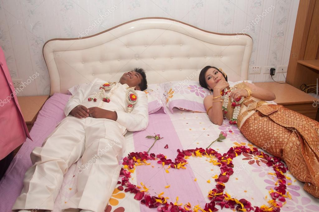 Et marié mariée asiatique