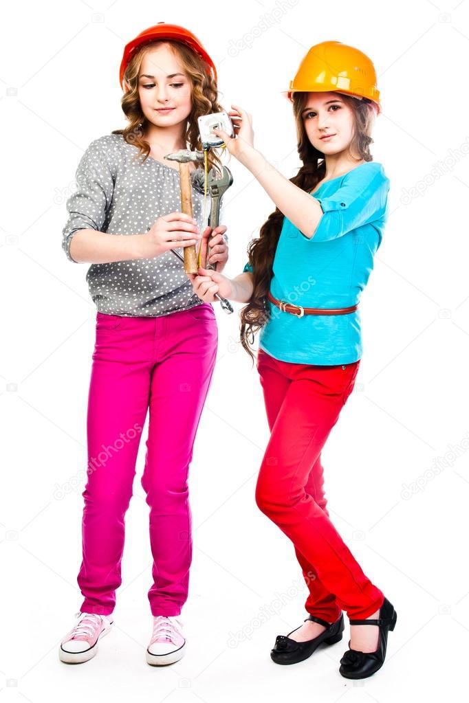 dve-devushki-i-stroiteli-malie-popki-lesbi-onlayn