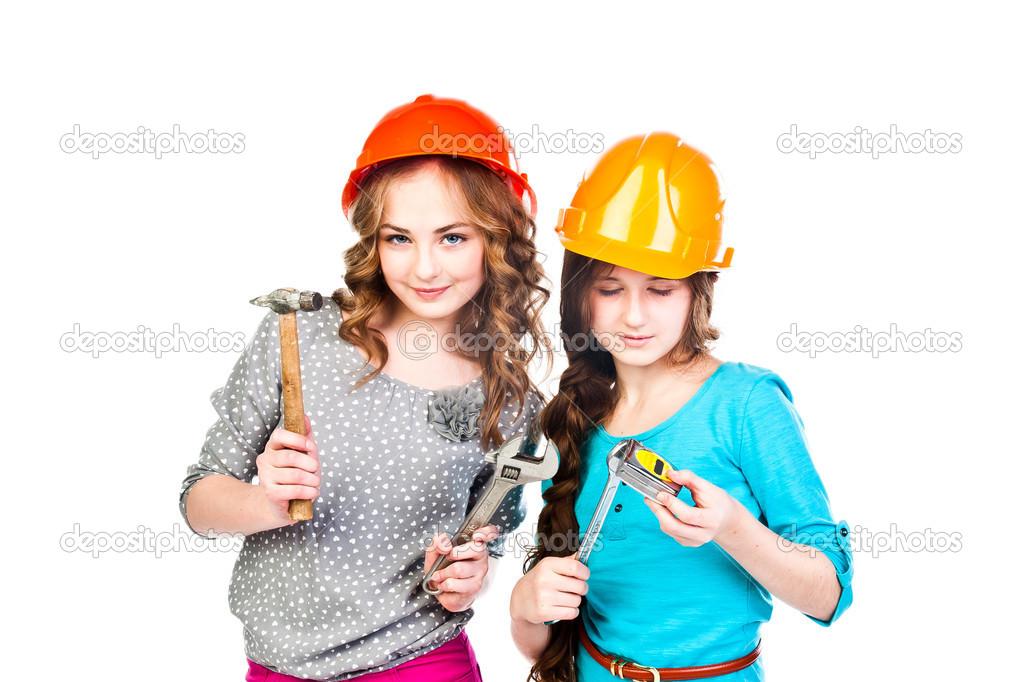 Видео две девушки и строители порно массажном кабинете