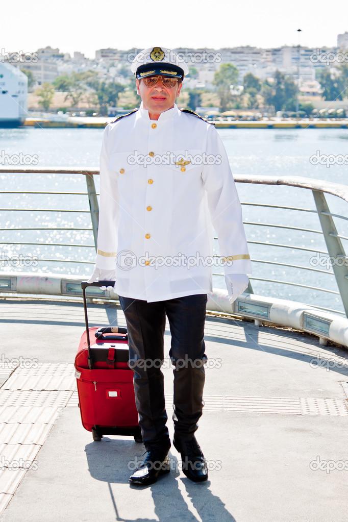 фото молодой капитан корабля из норвегии если знать как