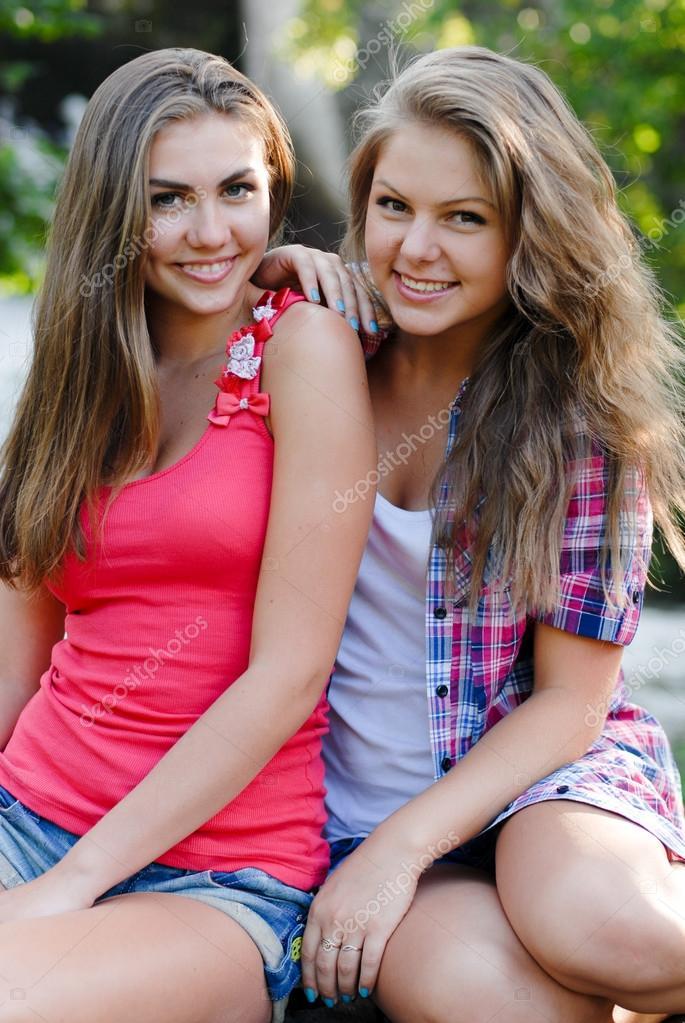 Cute teenage xxx image