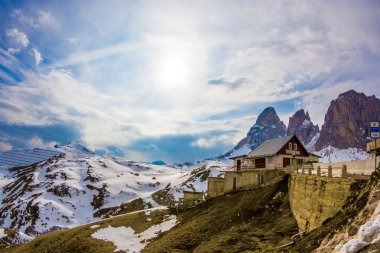Dolomite mountains, Sella pass