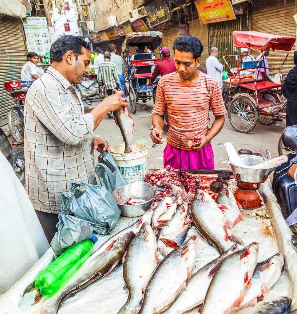 Selling fish on fish market in new delhi stock editorial for Fish market prices