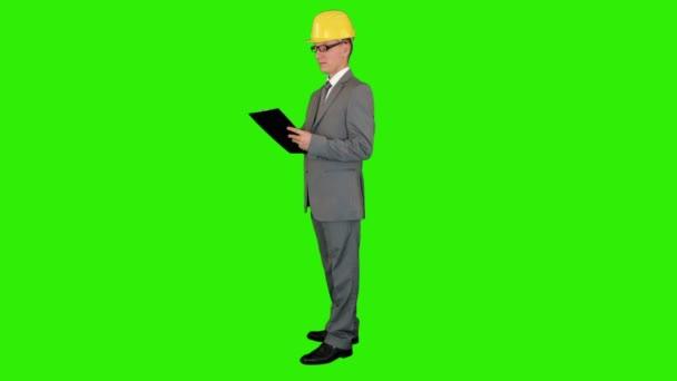 promyšlené architector v helmě