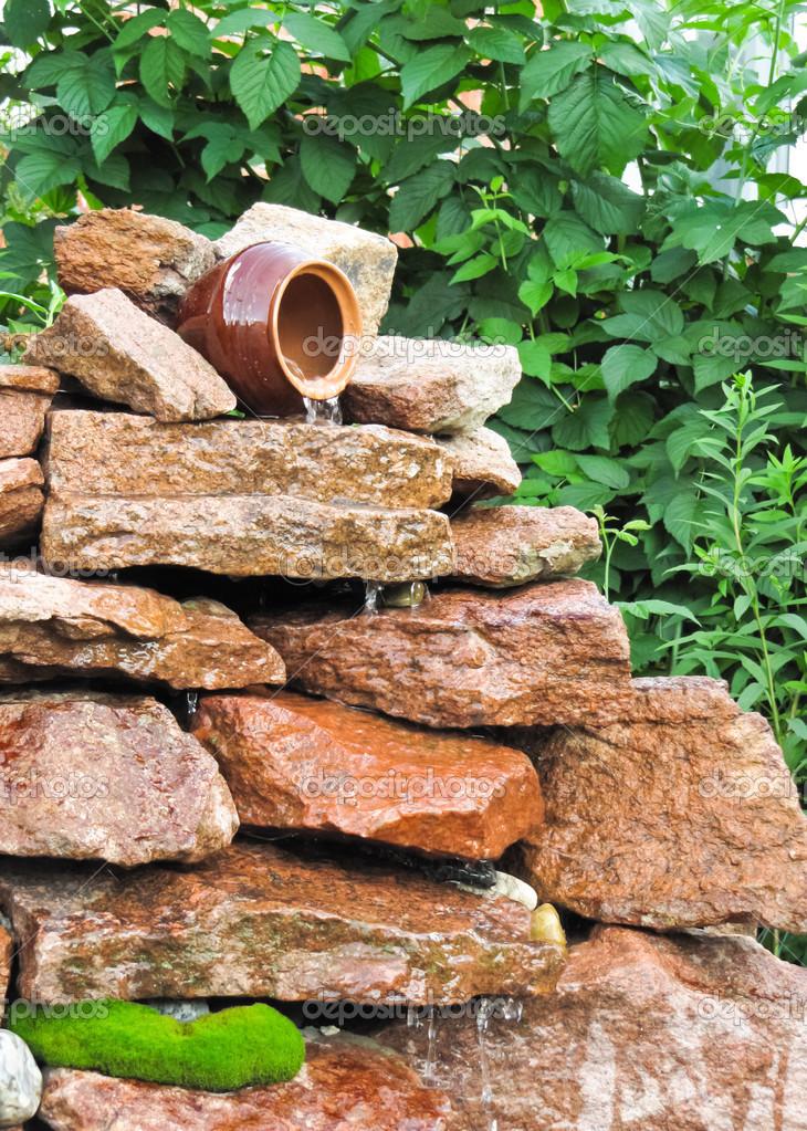 jardn cascada u fotos de stock