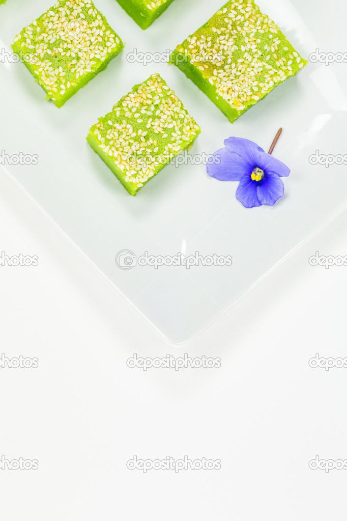 Kuih Bakar, Malaysian Sweet Dessert — Stock Photo