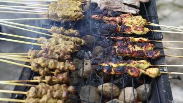 grilování kuřecí soté