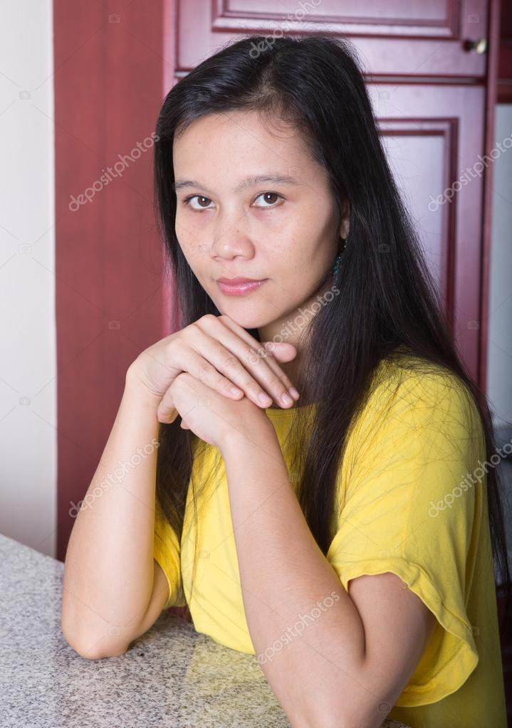 asiatische frauen in ihrer k che stockfoto 48380425. Black Bedroom Furniture Sets. Home Design Ideas