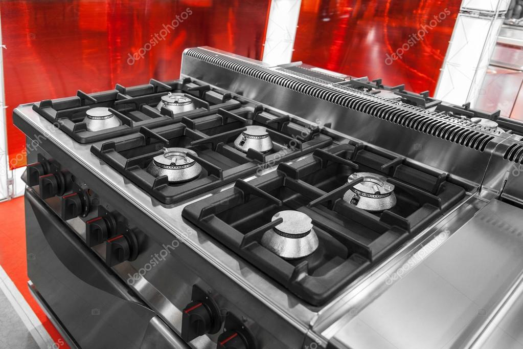 cuisinière à gaz modernes — Photographie Photozirka © #17011187