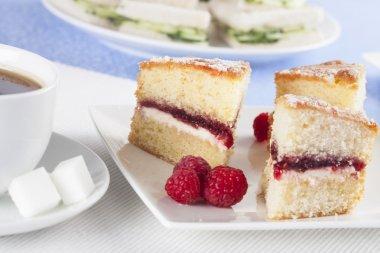 Victoria Songe Cake
