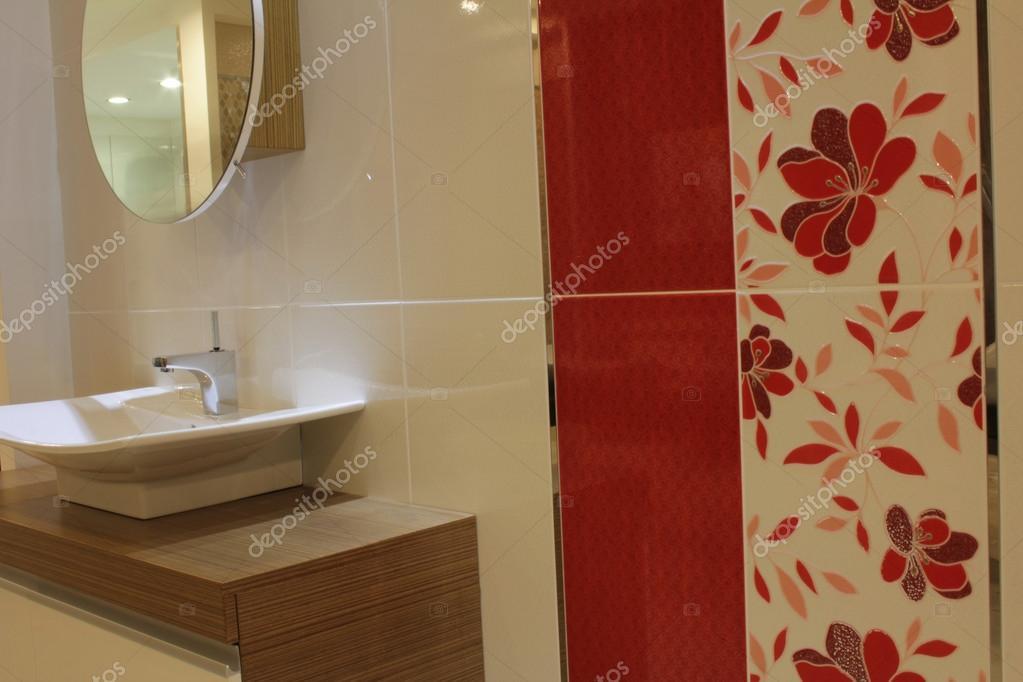 Moderne Waschbecken moderne waschbecken stockfoto reflex safak 32666175