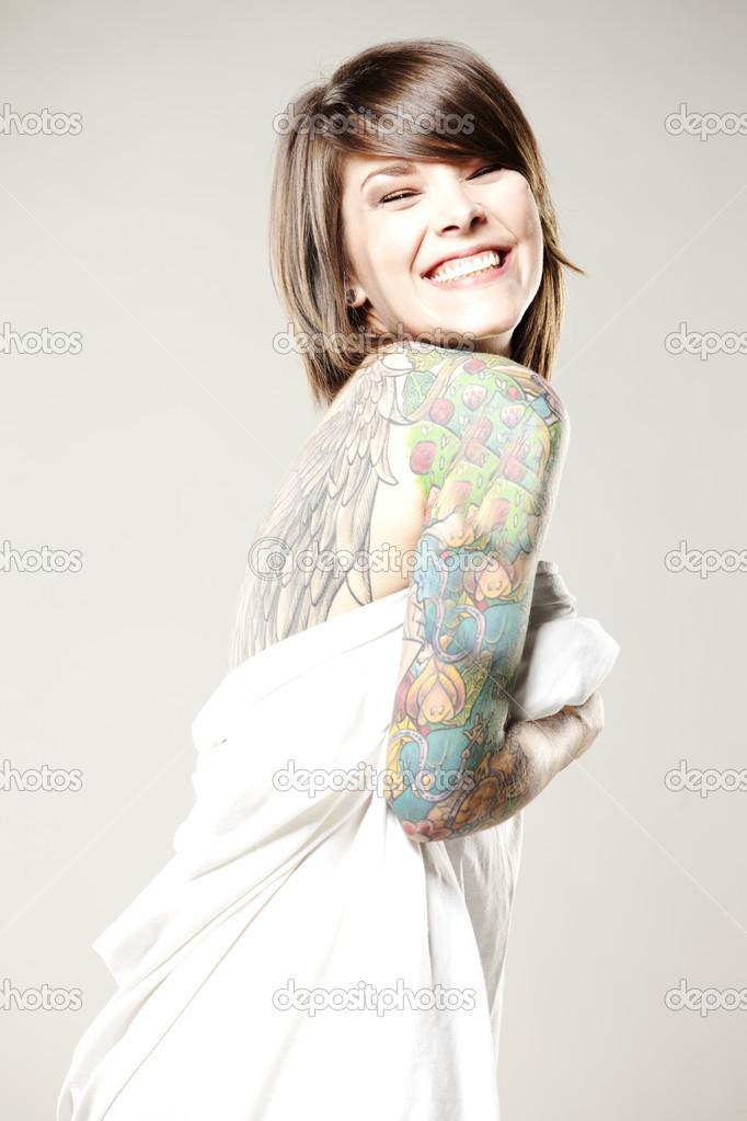 tatueringar dansare naken