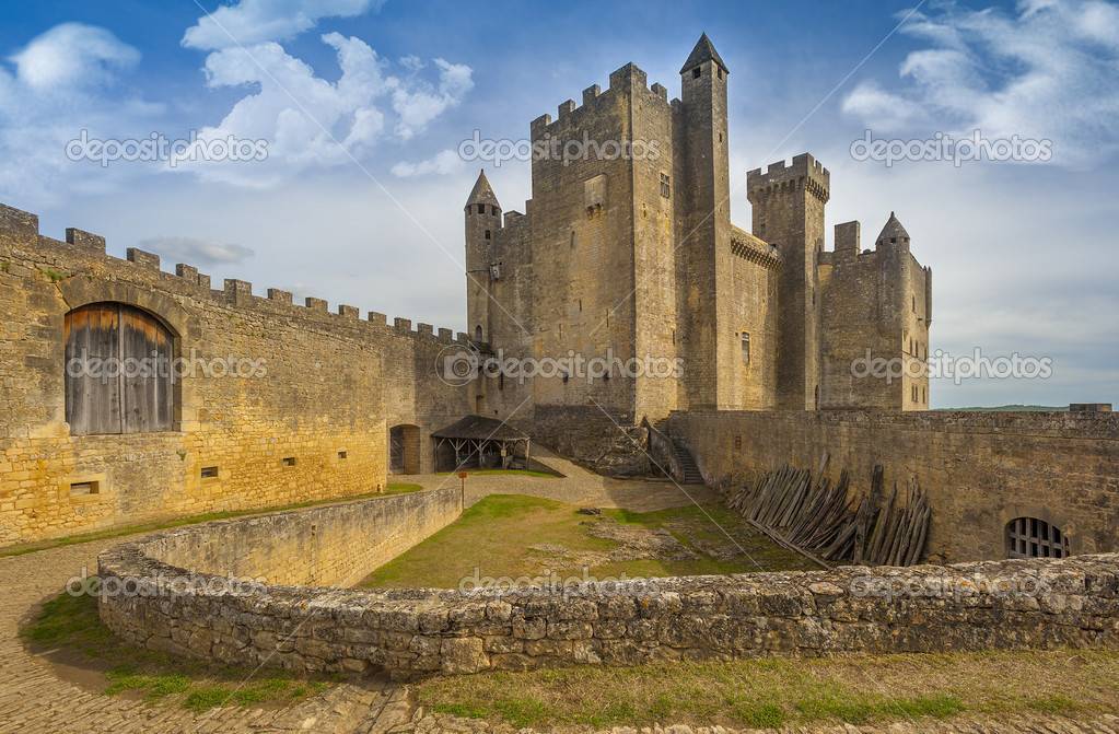 Resultado de imagen para Château y fortaleza de Beynac