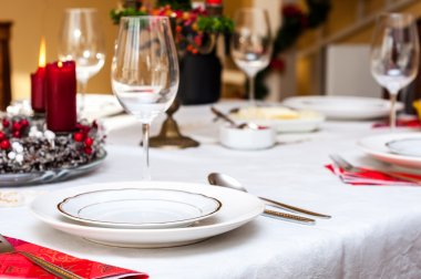 Set up christmas table