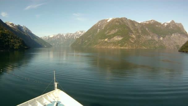 Plavba přes fjordy Norska