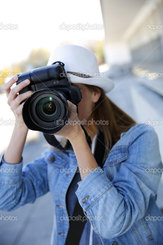 Professionell Fotografieren frau fotograf professionell fotografieren stockfoto goodluz