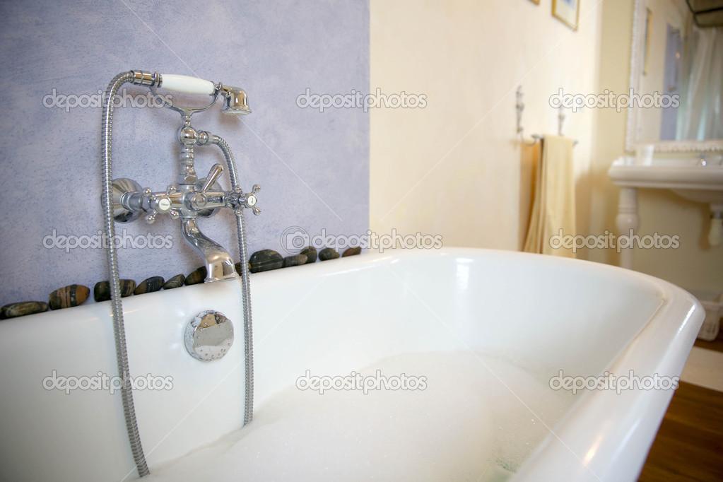 Vasca Da Bagno Old Style : Come arredare un bagno in stile vintage foto design mag