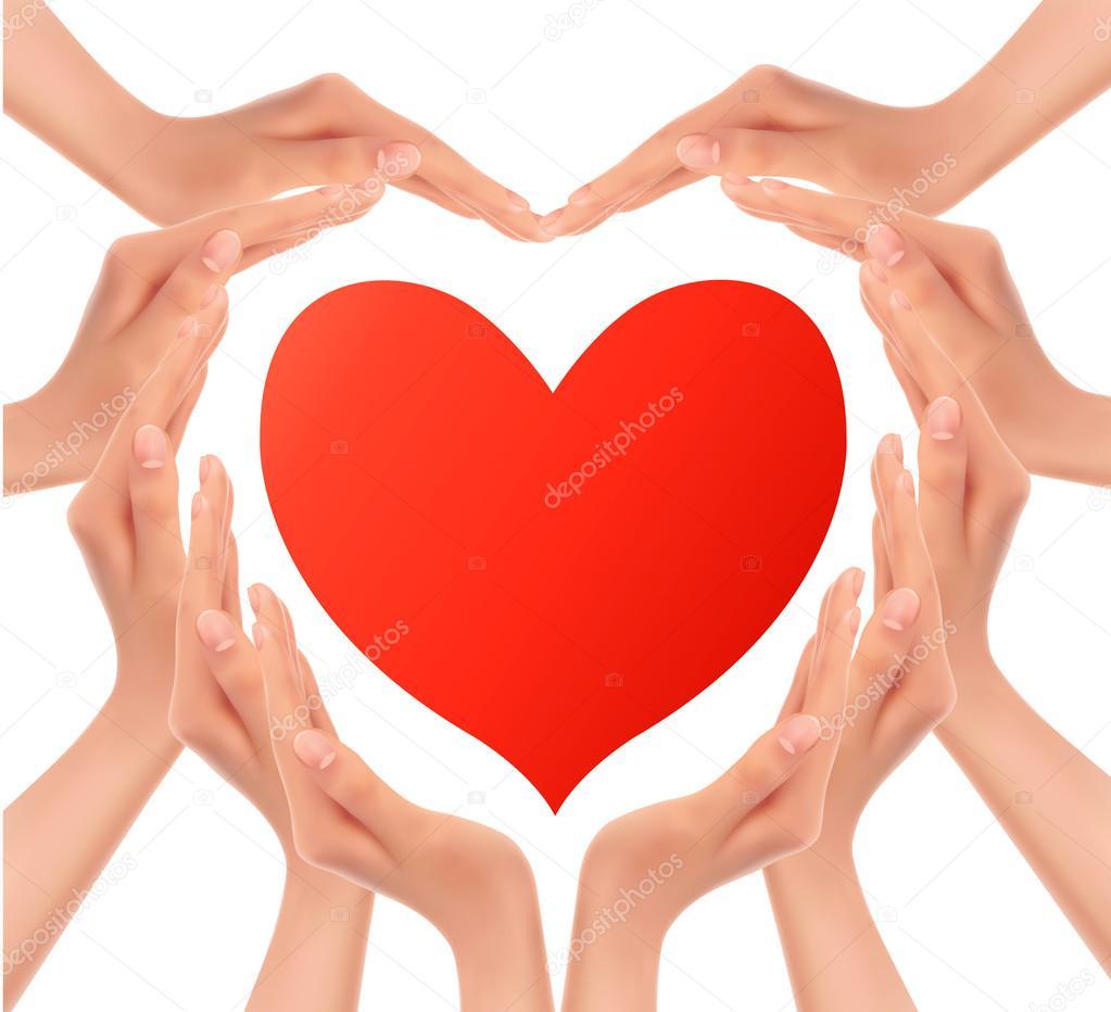 фото сердце руками