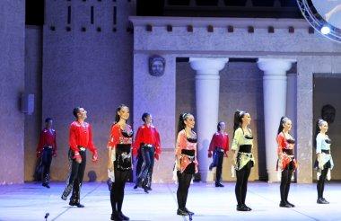 Anadolu Ateşi. performans amfi tiyatro Anadolu.
