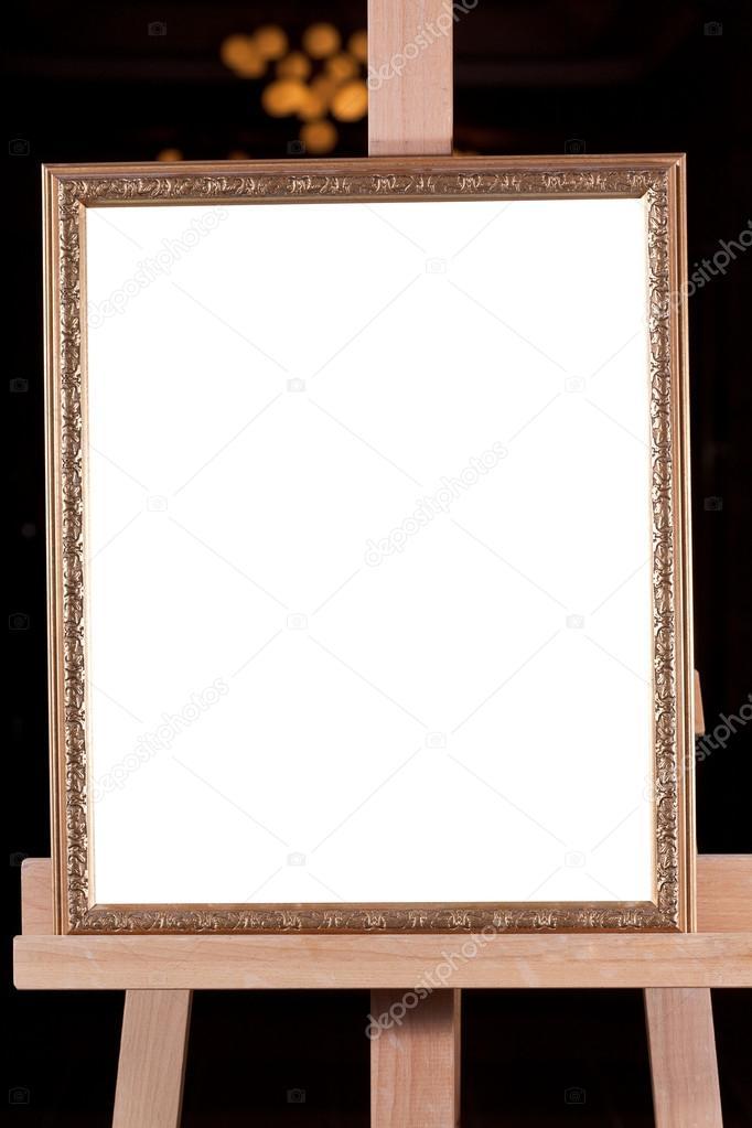 klassische Bilderrahmen auf Staffelei — Stockfoto © vvoennyy #16831459