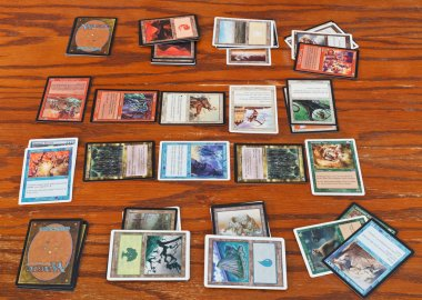 gameplay of card game Magic The Gathering