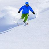 Fotografie Ski, Ski, Freeride im Pulverschnee - Mann Alpin Abfahrt