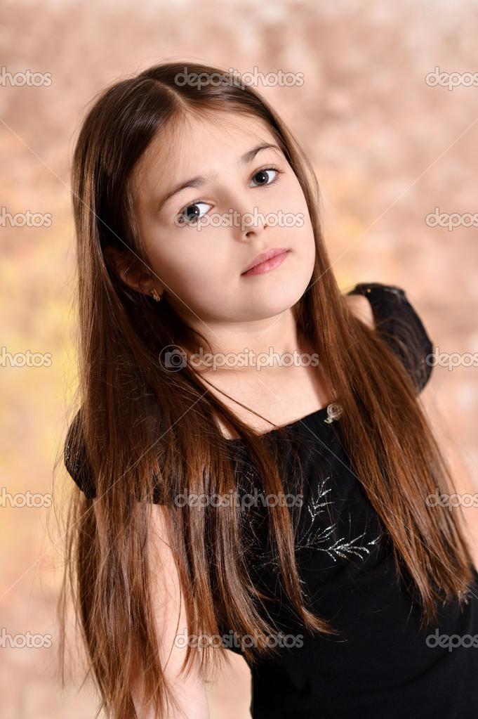 Девушки с коричневыми волосами фото